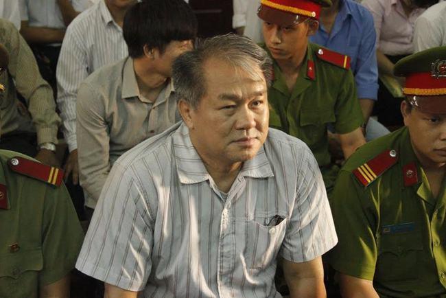 Sáng mai, Phạm Công Danh được gặp người nhà để bàn chuyện bán tài sản khắc phục hậu quả
