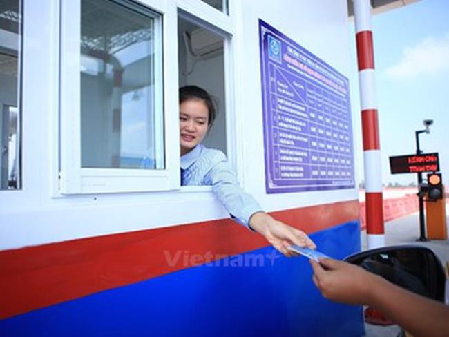 Thứ trưởng Nguyễn Hồng Trường giải thích về việc so sánh phí BOT
