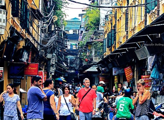 Khách Trung Quốc đến Hà Nội du lịch tăng gần 100% trong tháng 7