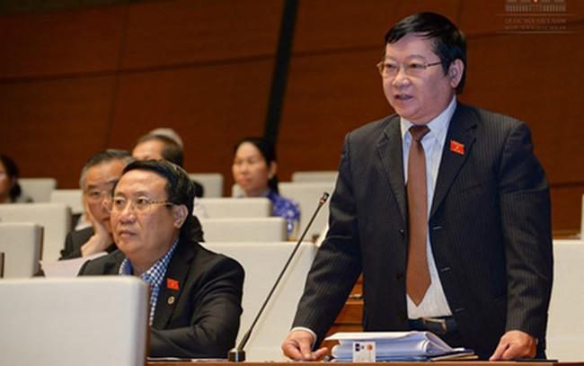 Ông Lê Như Tiến trả xe công vụ trước nghỉ hưu có chi mà lạ!