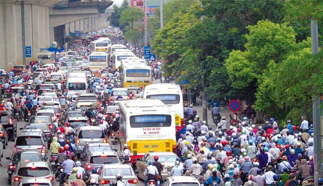 Phát triển đô thị tại Hà Nội: Bỏ qua đánh giá tác động giao thông