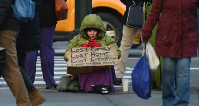 Người Mỹ đang ngày một nghèo đi