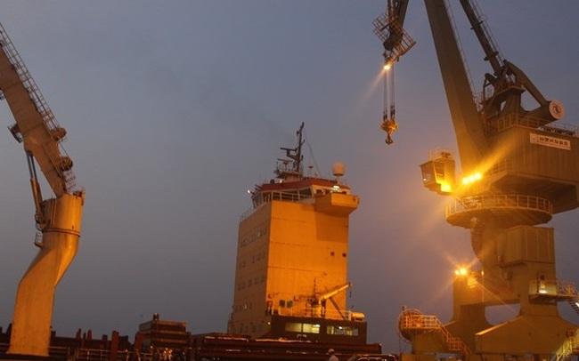 """Formosa nhập 168 tấn bùn """"để xây dựng"""": Sở Công thương khẳng định có giấy phép?"""