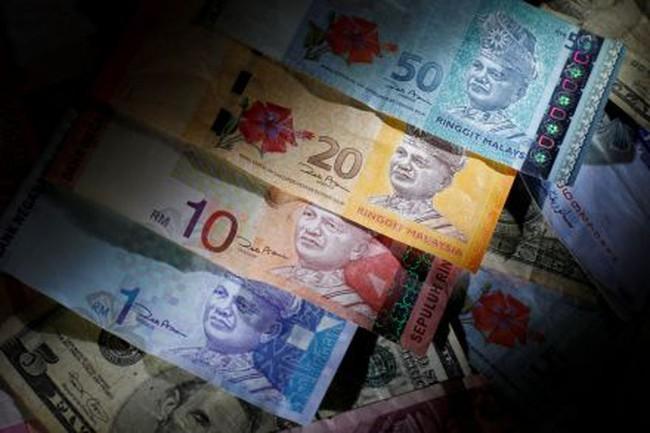 Nhà đầu tư ồ ạt rút vốn, đồng nội tệ của Malaysia thấp nhất kể từ khủng hoảng tài chính châu Á