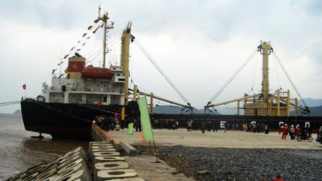 Doanh nghiệp cầu cứu Bộ trưởng Thăng không mở rộngvùng nước cảng biển