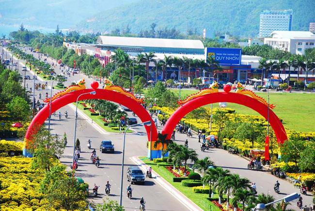Phê chuẩn nhân sự UBND tỉnh Bình Định