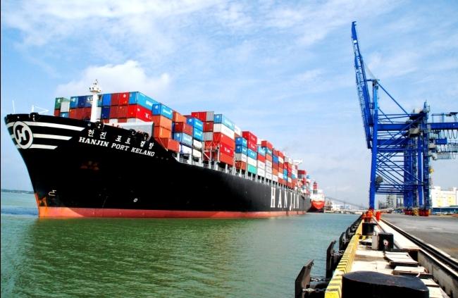 """Thị trường vận tải biển: 90% """"miếng bánh"""" đang nằm trong tay DN nước ngoài"""