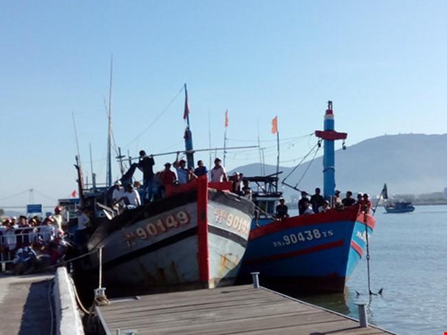 Đà Nẵng: Đình chỉ tất cả hoạt động tàu bè du lịch trên sông Hàn