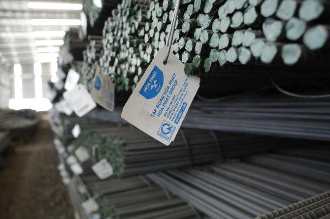Lần đầu tiên Hòa Phát cán mốc tiêu thụ kỷ lục 200.000 tấn thép/tháng