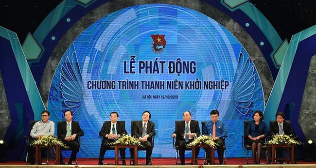 Sinh viên hỏi Thủ tướng: 'Cháu học ngành chính trị thì khởi nghiệp như thế nào?' và đây là câu trả lời của người đứng đầu Chính phủ