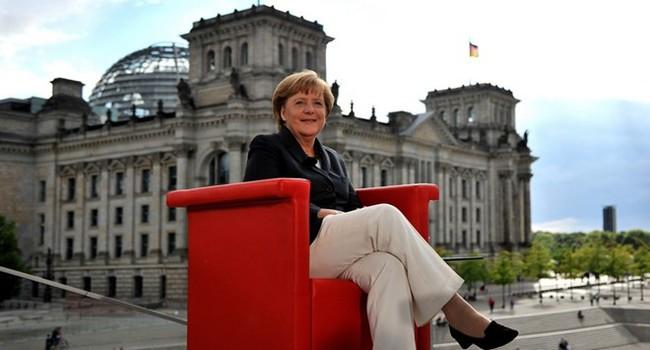 """""""Ông kẹ"""" nước Đức đang yếu thế dần ở châu Âu?"""