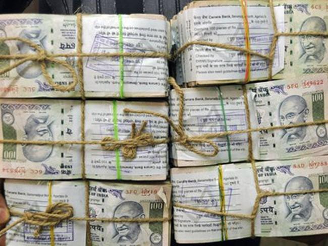 """Ấn Độ """"đau đầu"""" tìm cách xử lý hơn 120 tỷ USD nợ xấu ngân hàng"""