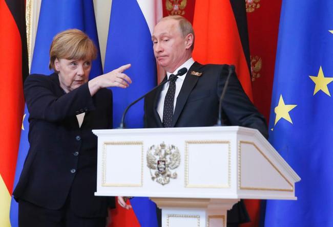 Điều gì giúp bà Angela Merkel lần thứ 11 trở thành người phụ nữ quyền lực nhất thế giới