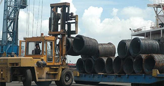 Doanh nghiệp thép gồng mình cạnh tranh với thép nhập khẩu