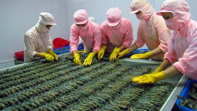 Việt Nam dẫn đầu xuất khẩu tôm vào Anh