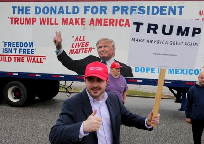 Donald Trump và Hillary Clinton đại thắng ở Florida