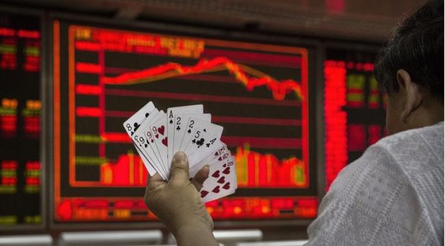 Chứng khoán Trung Quốc vẫn tăng gần 10% trong năm 2015
