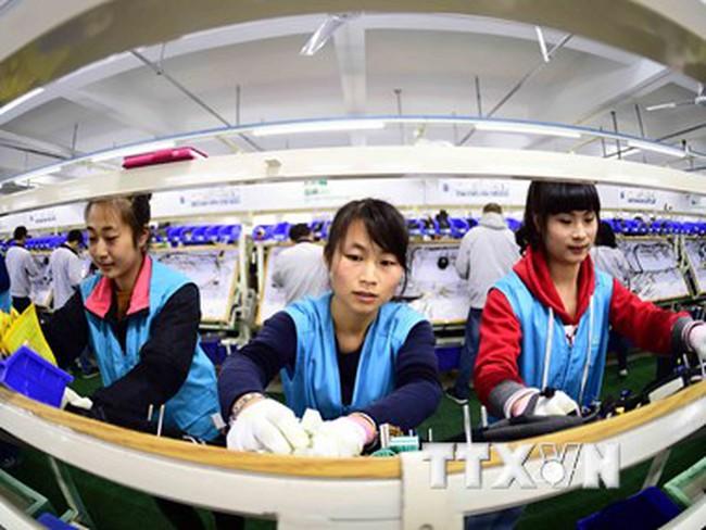 Chính phủ Trung Quốc bơm thêm hơn 15 tỷ USD vào nền kinh tế