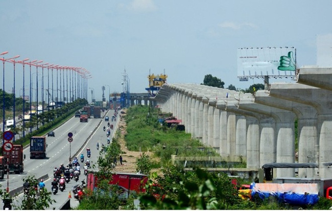 [Chùm ảnh] Tất bật thi công đại dự án metro số 1 Bến Thành - Suối Tiên