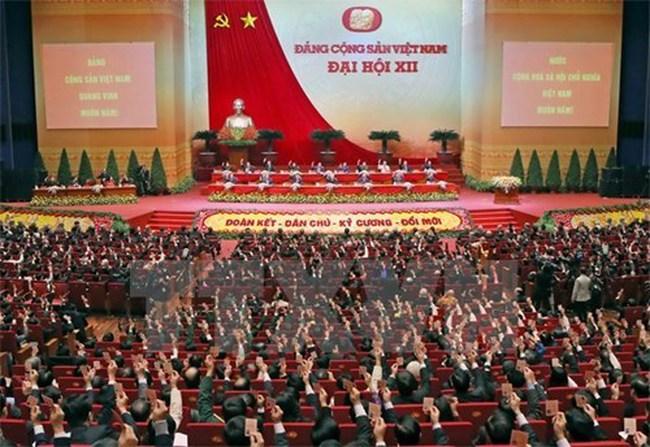 Chỉ thị của Bộ Chính trị về triển khai Nghị quyết Đại hội Đảng 12
