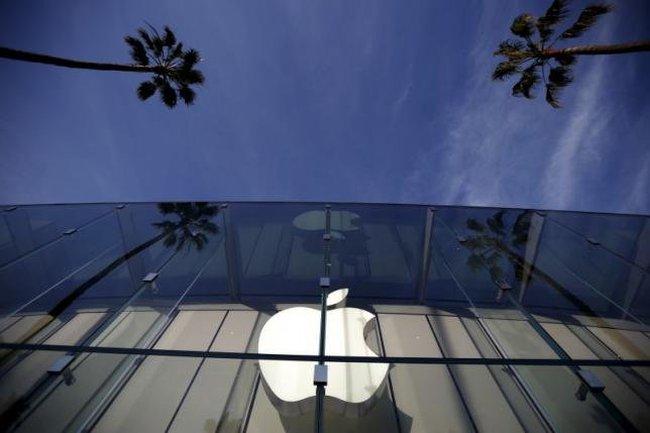 Mỹ bẻ được khóa iPhone của nghi can San Bernardino