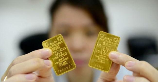 Hà Nội: Vàng miếng SJC một chữ bị đồng loạt từ chối mua lại, thu phí cao ngất