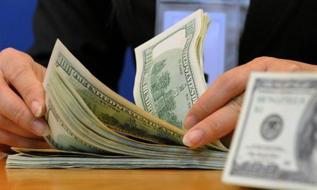 Các ngân hàng giảm mạnh vay mượn ngoại tệ