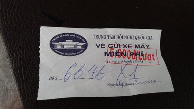 Hà Nội tràn lan điểm giữ xe thu phí vô tội vạ