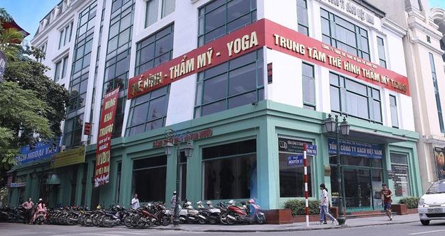 Vingroup xuất hiện, lượng đặt mua đấu giá Sách Việt Nam tăng vọt