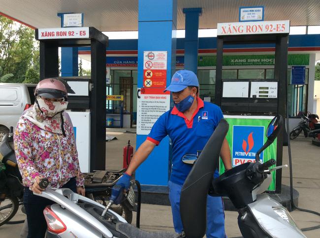 Petrolimex công bố lợi nhuận vượt 37 lần, nhà nước phải kiểm soát độc quyền?