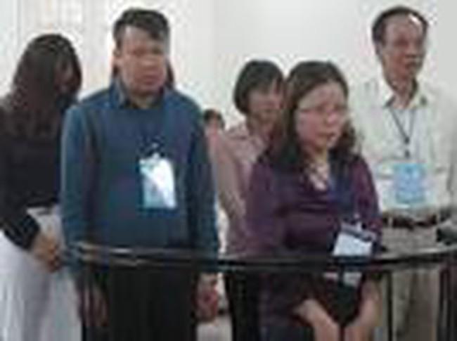 Cựu giám đốc Cty Cổ phần Cồn rượu Hà Nội hầu tòa
