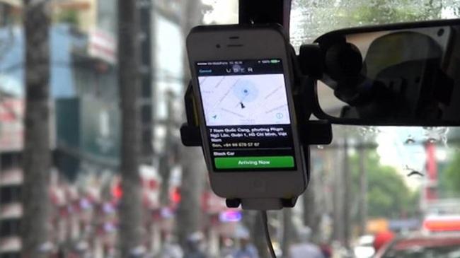 Thương hiệu taxi số 1 Tp.HCM muốn gọi Uber, Grab là taxi