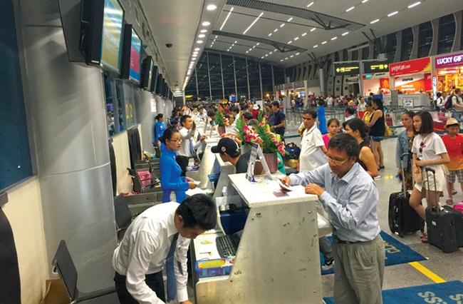 Giá dịch vụ hàng không được điều chỉnh ra sao?