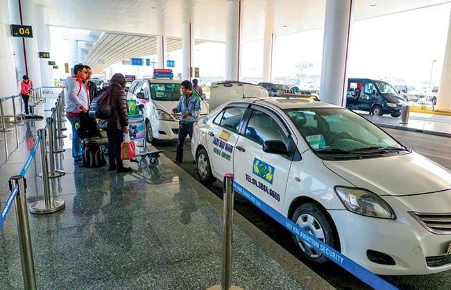 Taxi không quá 6 tuổi mới được chở khách ở Nội Bài?