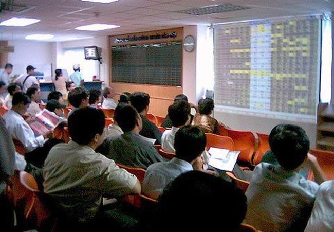 """Chào bán """"chui"""" cổ phiếu Cơ khí Phú Yên bị phạt 385 triệu đồng"""