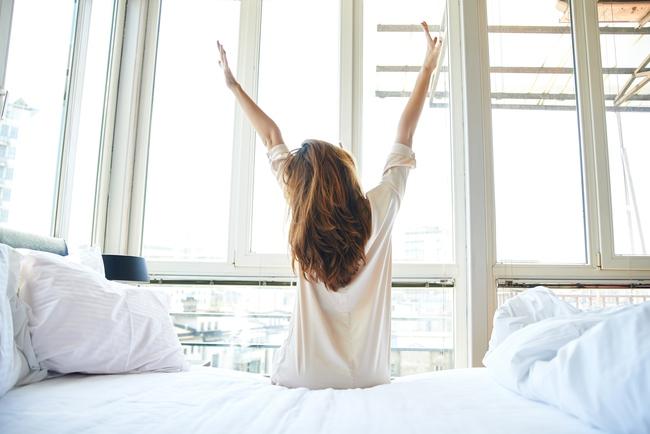 """Những thói quen buổi sáng """"đánh thức"""" cảm hứng làm việc của bạn"""