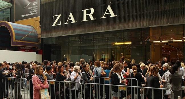 """Mang tiếng là thời trang """"ăn liền"""", nhưng cách Zara mê hoặc khách hàng, kiếm hàng tỷ USD mỗi năm cũng khiến Gucci, Prada phải khiếp sợ"""