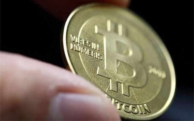 Giá tiền ảo Bitcoin đã ''chạm đỉnh mọi thời đại''
