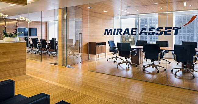 """Được công ty mẹ """"bơm"""" tiền, chứng khoán Mirae Asset tăng vốn điều lệ lên 2.000 tỷ đồng - đứng thứ 3 trên thị trường"""