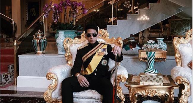 Cuộc sống sang chảnh của Hoàng tử Brunei - vận động viên cưỡi ngựa đẹp trai từng dậy sóng SEA Games 29
