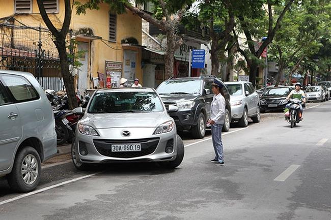Đỗ xe theo ngày chẵn, lẻ trên phố Dã Tượng: Xử lý nghiêm xe vi phạm