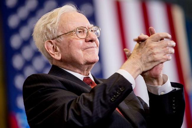 Người giấu tên bỏ 2,68 triệu USD để có bữa ăn trưa với Warren Buffett