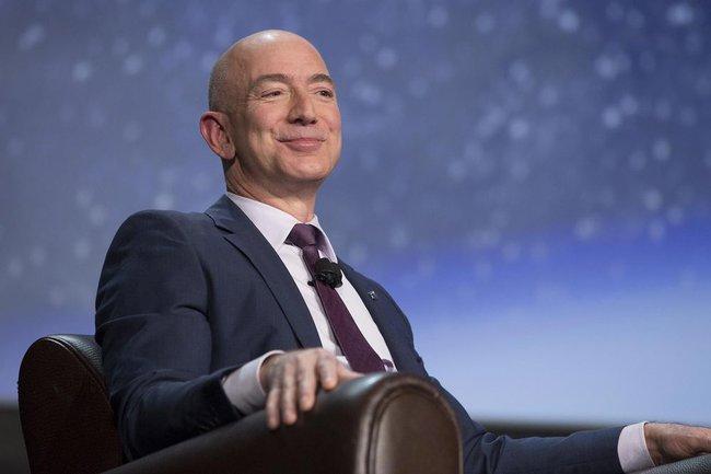 Ông chủ Amazon soán ngôi Bill Gates trở thành tỷ phú giàu có nhất trên thế giới trong một thời gian ngắn