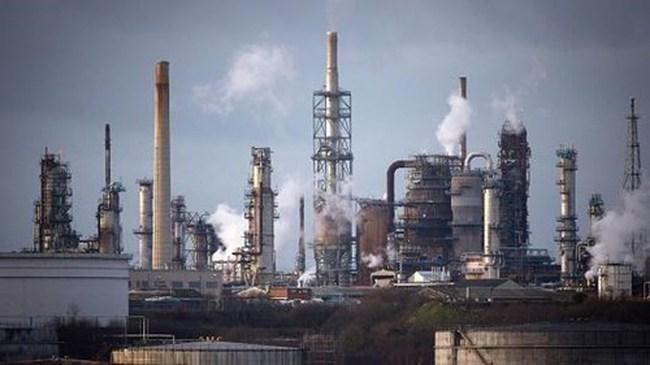 Giới đầu tư đặt cược kỷ lục vào giá dầu tăng