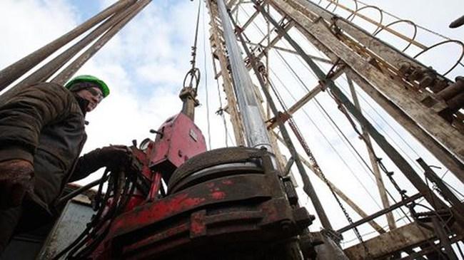Giá dầu khép lại tháng giảm mạnh nhất kể từ tháng 10/2016