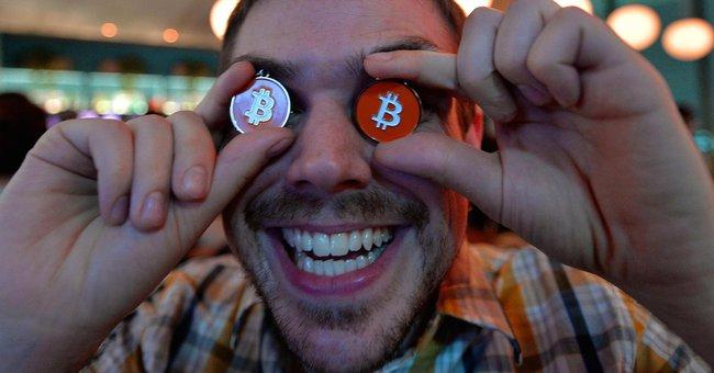 Vượt mốc 4.000 USD, liệu có phải tiền ảo bitcoin sắp bước vào giai đoạn điều chỉnh? - ảnh 1