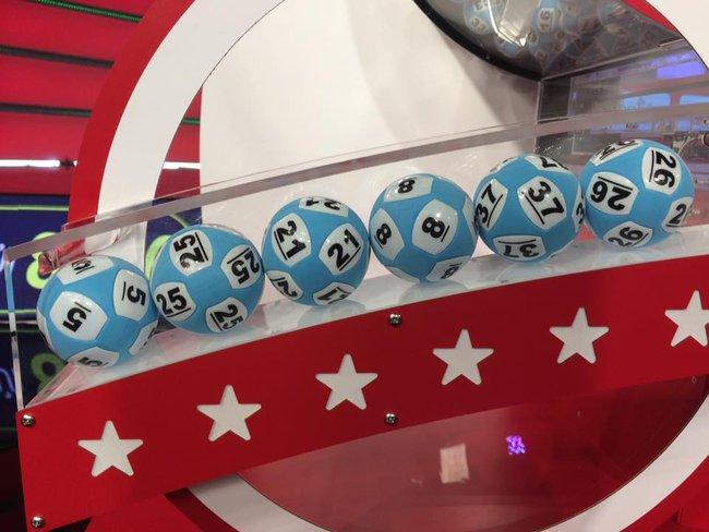 Vé số trúng Jackpot lần thứ 3 được phát hành tại Hà Nội