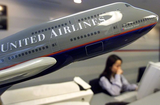 Khủng hoảng ở United Airlines và sức mạnh của người tiêu dùng châu Á