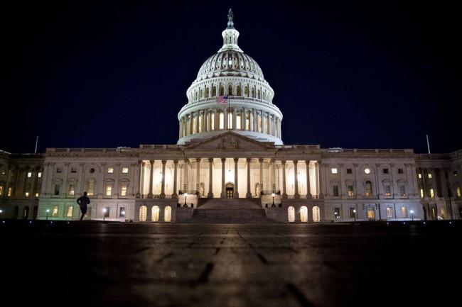 Thượng viện Mỹ thông qua dự luật cải cách thuế lớn nhất 3 thập kỷ của đảng Cộng hòa