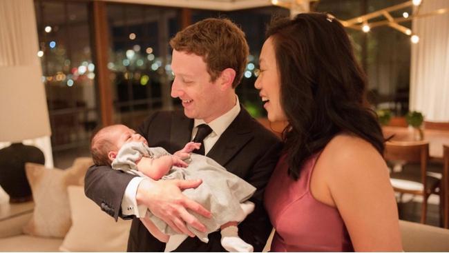 """Đã cưới nhau 5 năm nhưng Mark Zuckerberg vẫn dành """"món quà trăng mật"""" bất ngờ cho vợ"""